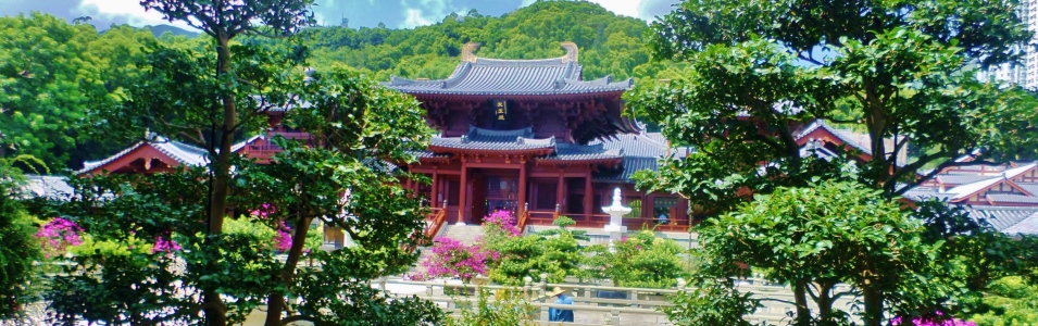 Find hidden gems at all of our destinations, from beautiful little temples and gardens to fantastic local restaurants; Asia has it all!